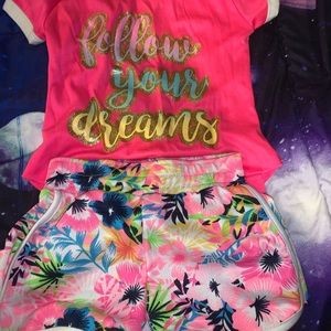 CUTE LITTLE GIRLS OUTFIT!!